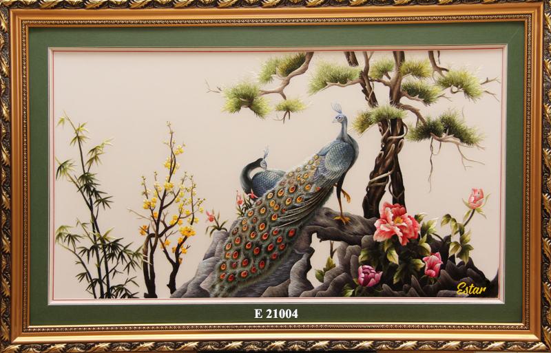 tranh thêu chim công hoa mẫu đơn