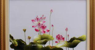 tranh thêu hoa sen
